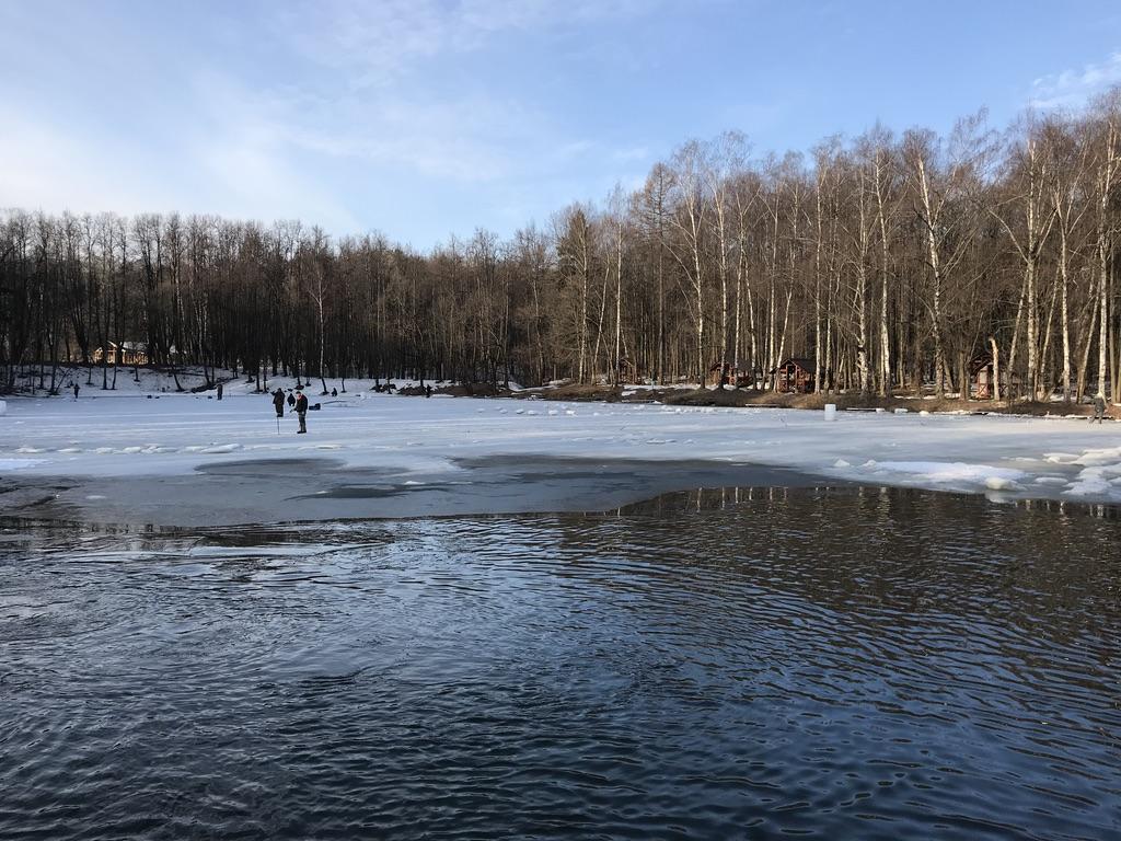 Весенняя ловля форели на пруду Узкое в Ясенево